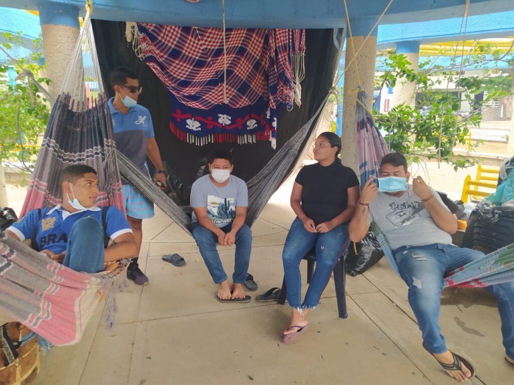 Con huelga de hambre, jóvenes guajiros piden solución a problemas históricos del Departamento - Noticias de Colombia